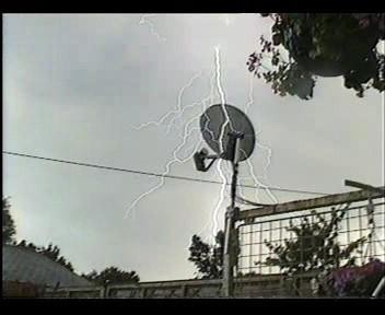 4th July 2006 Storm Video - Andy - Beanhill_0014.jpg