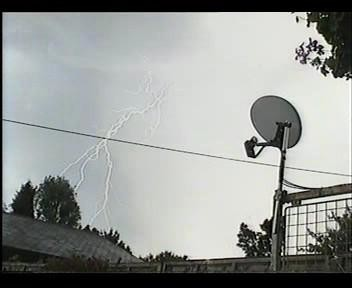 4th July 2006 Storm Video - Andy - Beanhill_0027.jpg