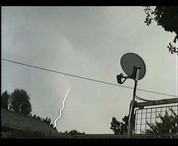 4th July 2006 Storm Video - Andy - Beanhill_0032.jpg