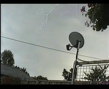 4th July 2006 Storm Video - Andy - Beanhill_0021.jpg