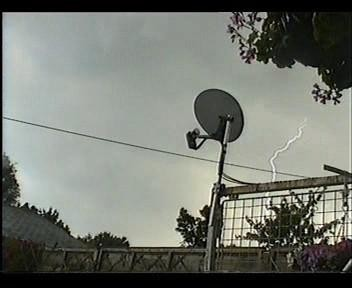 4th July 2006 Storm Video - Andy - Beanhill_0017.jpg