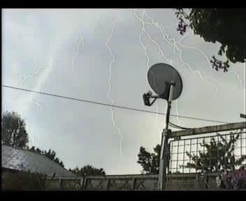 4th July 2006 Storm Video - Andy - Beanhill_0018.jpg