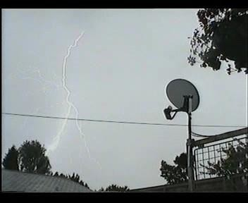 4th July 2006 Storm Video - Andy - Beanhill_0035.jpg
