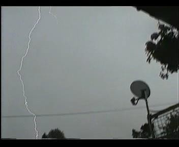 4th July 2006 Storm Video - Andy - Beanhill_0039.jpg