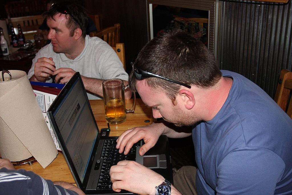 93. Nick posting a message on the NW forum from Woody's Bar,
