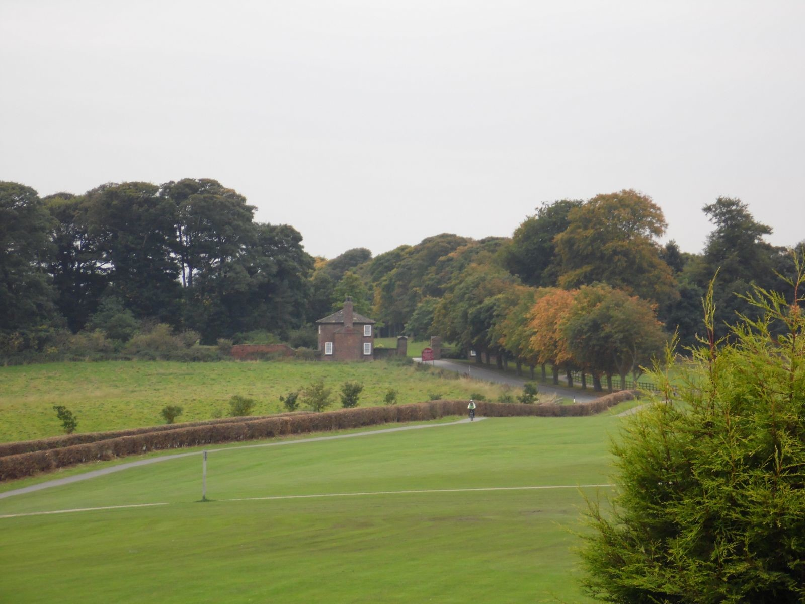 Towards Temple Newsam Park