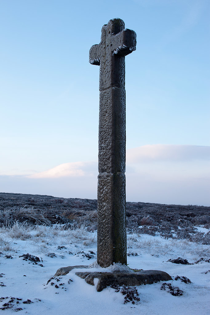 Ice covered Ralphs Cross